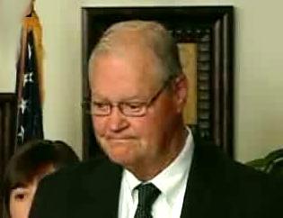 Missouri Democratic Congressman Ike Skelton concedes defeat on election night. (Click to enlarge.)