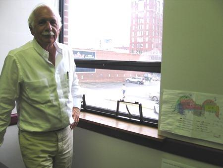 Architect Moshe Safdie in the offices at JE Dunn, Kansas City, Mo.