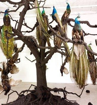 Petah Coyne, Untitled # 1336 (Scalapino Nu Shu), 2009?2010.