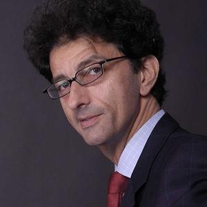 Author Isaac Getz