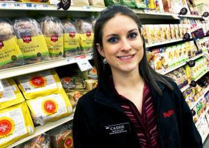 Cassie McLellan, a registered dietician, advises customers at the HyVee store in Columbia, Mo., on their grocery purchases.