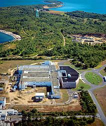 A government report encourages sale of Plum Island Animal Disease Center, the only place in the U.S. where research on Foot and Mouth Disease is currently being done.