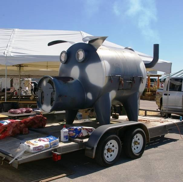 American Royal Custom Smoker Hog Shaped