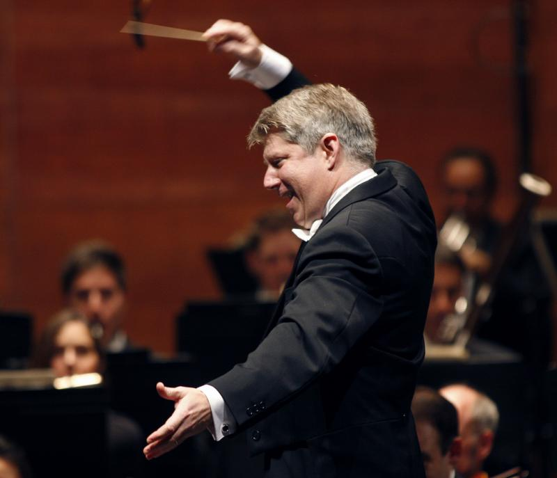 Michael Stern conducts the Kansas City Symphony and Kansas City Symphony Chorus in Beethoven's 9th Symphony this weekend in the Kauffman Center's Helzberg Hall