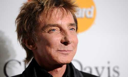 Barry Manilow performs this Sunday at Starlight Theater