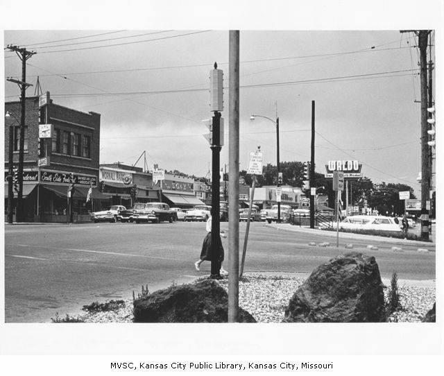 View looking north on Wornall at 75th Street in the Waldo Shopping area, 1961