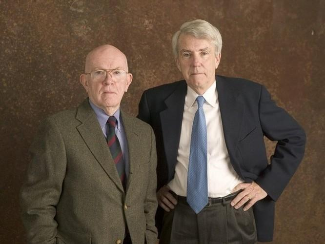 The award-winning investigative reporting team of Donald Bartlett and James Steele