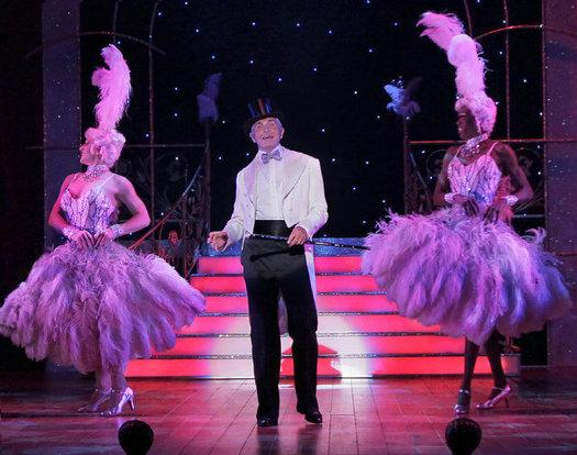 La Cage Aux Folles is swooping into the Starlight Theater