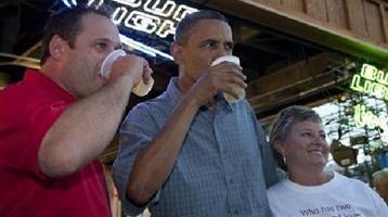 Pres. Barack Obama enjoys a beer at the Iowa State Fair.