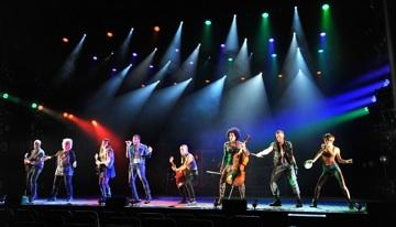 """Cast of Kansas City Rep's """"Pippin"""" rock out the Spencer Theatre."""