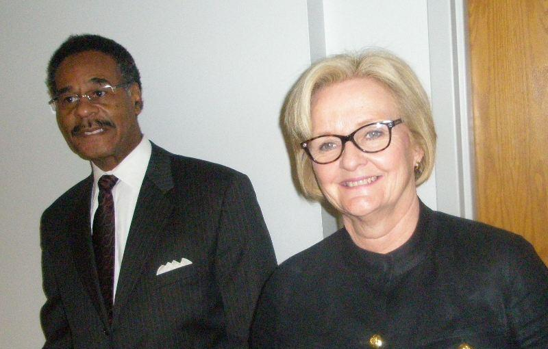 Senator Claire McCaskill, flanked by 5th District Missouri Congressman Emanuel Cleaver, says she expects some Republican votes. Both are seeking re-election.