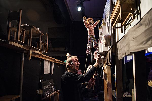 "Backstage on the set of ""Martha Speaks"" puppeteer Mike Horner operates the puppet Helen.  When Martha the dog finds her voice adventure ensues. In its 25th season, Paul Mesner Puppets features seven different performances for children."