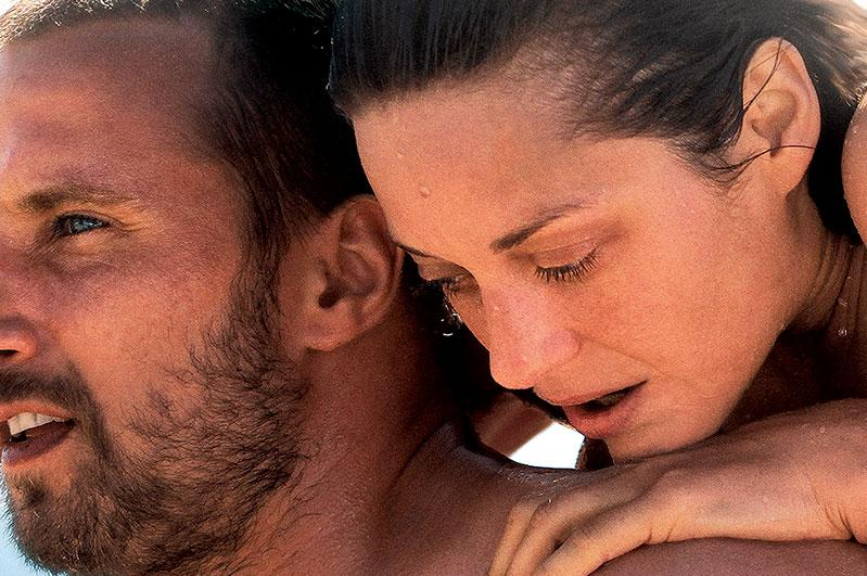 Mattias Schoenaerts and Marion Cotillard in 'Rust and Bone'