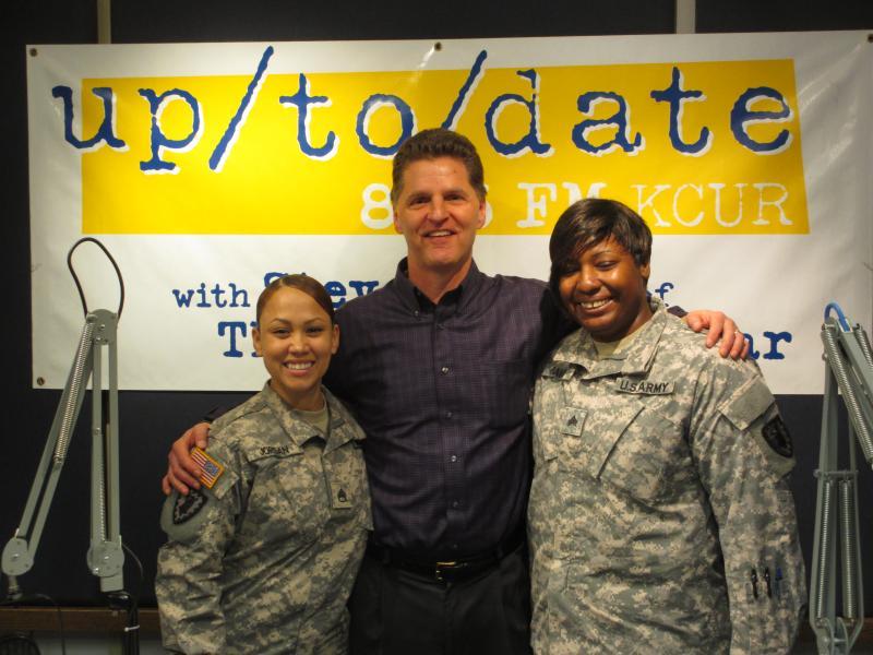 (L-R) Staff Sgt. Sharrah Jordan, Steve Kraske, Sgt. Nicole Davis