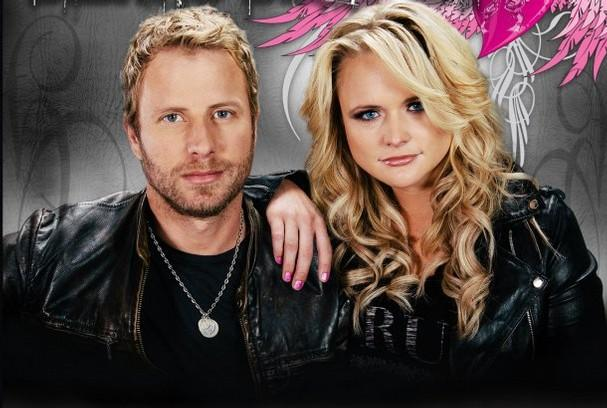 Dierks Bentley and Miranda Lambert play at the Sprint Center Saturday.