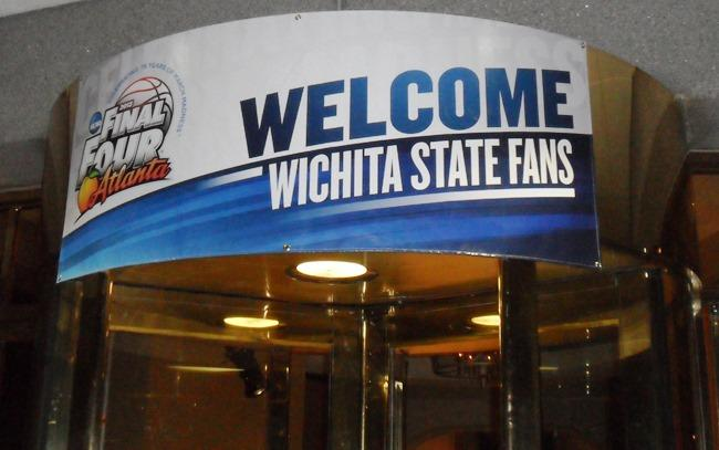 A welcome banner at the entrance to the Wichita State team hotel.