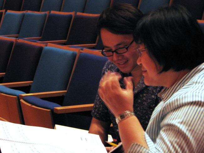Narong Prangcharoen with his mentor, Chen Yi, professor of music composition at UMKC