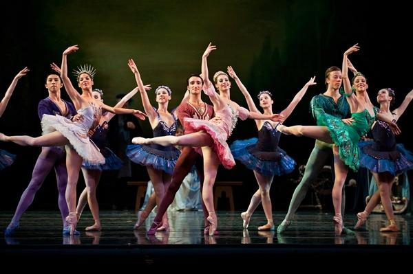 'The Sleeping Beauty' (choreography by Devon Carney), 2010, with Cincinnati Ballet dancers.