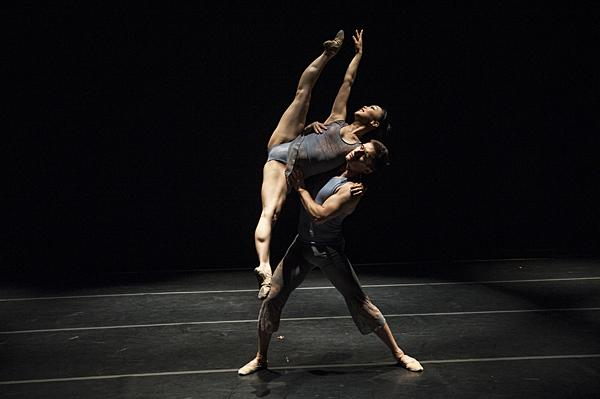 Dancers from the Kansas City Ballet like Sarah Chun and Ryan Nye join with Owen/Cox Dance Group to perform the work.