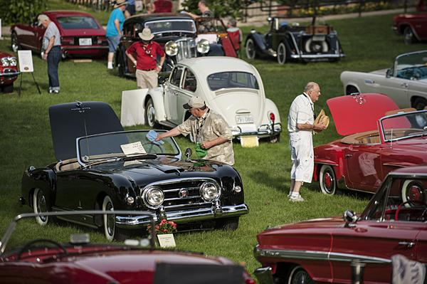 More than 200 vintage cars, motorcycles, trucks, and bicycles were on display on the lawn of the Kansas City Art Institute campus.