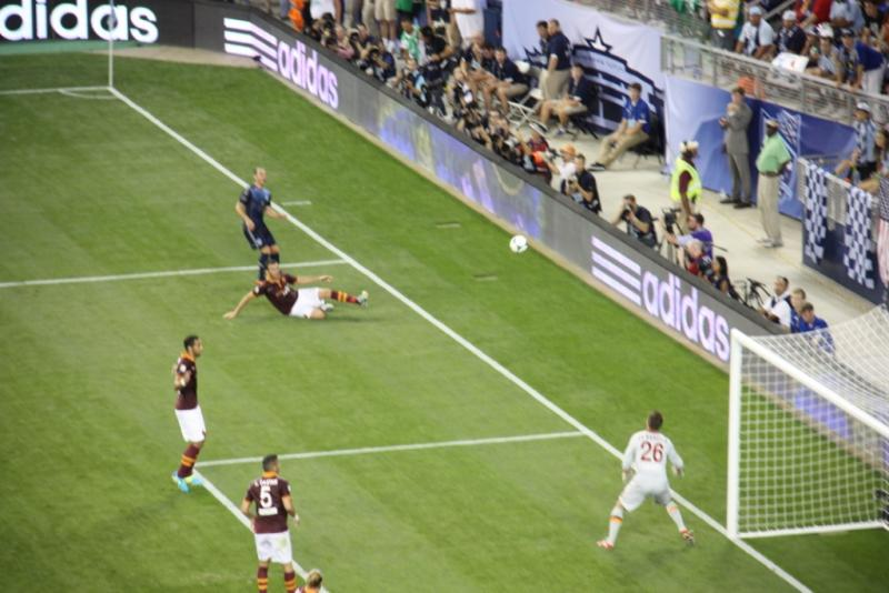 AS Roma defeated the All-Stars with strong defense and early momentum.