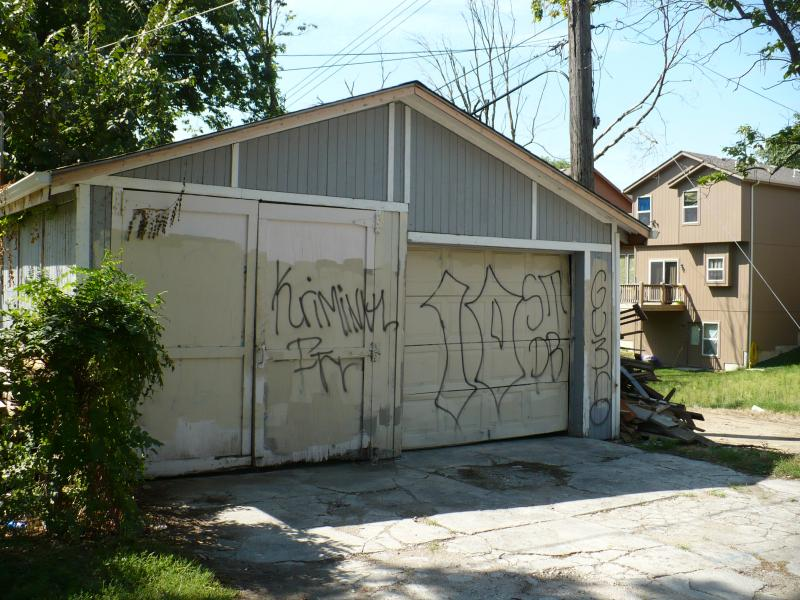 Graffiti and tagging still remain a problem in the neighborhood.  The Art Squad's goal has been to reduce the amount of graffiti in the neighborhood through art and community  engagement.