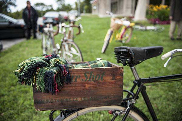 Don Plesser was prepared for the post-ride picnic with his lunch nestled in a vintage wooden crate aboard a a prized 1939 Raleigh.