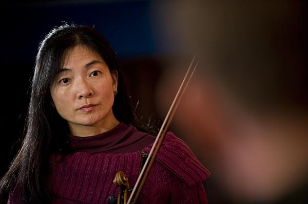 Executive-Artistic Director Elizabeth Suh Lane founded the Bach Aria Soloists in 1999, and has emphasized a spirit of collaboration with a diverse array of performers for this concert season.
