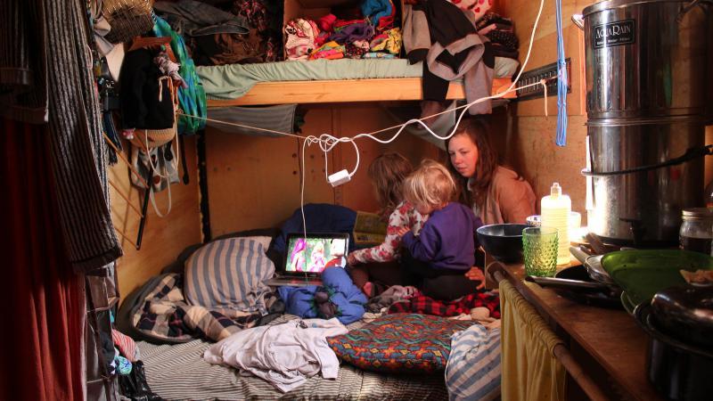 Life inside the Bonny trailer.