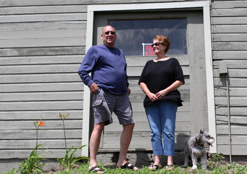 Jack and Diane Aaron spent years in Kansas City, Kan., but have embraced their new rural life in Raymore, Mo.