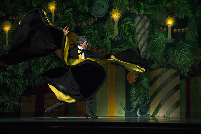 With a sweep of his cape, Pachciarz (Drosselmeyer) sets Clara's dream in motion.