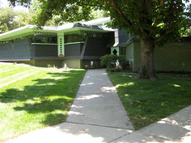 Interesting Modern Architecture Kansas City House 5020 W Street In Prairie Village Kan Is One Of Several On Design