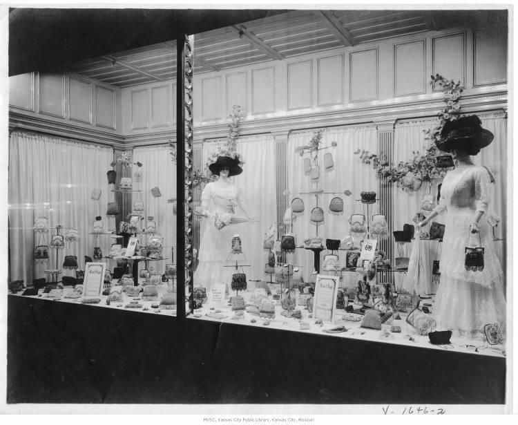 A window display at Emery, Bird, Thayer, from 1905.