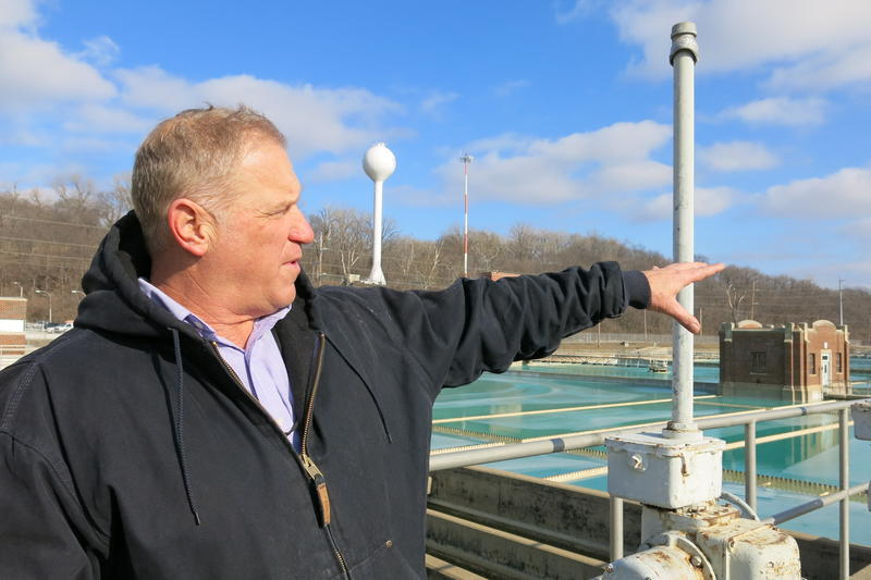 Mike Klender, Kansas City plant manager, explains how the water treatment process works in Kansas City, Missouri.
