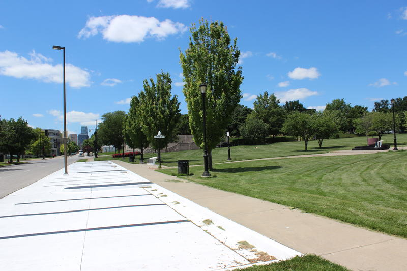 The Goin' To Kansas City Plaza at Twelfth Street and Vine Park, at 12th and Paseo, has parking spaces painted like piano keys.