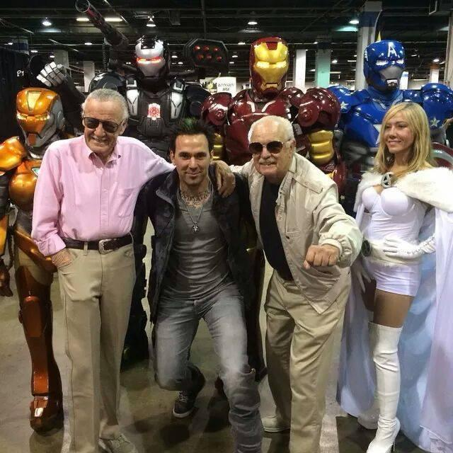 Stan Lee lookalike Neal Haze (second from right) stands with the real Stan Lee (far left), actor and MMA fighter Jason David Frank (second from left) and cosplayer Jen Greeley (far right).