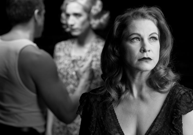 Cinnamon Schultz plays Blanche DuBois in 'A Streetcar Named Desire'