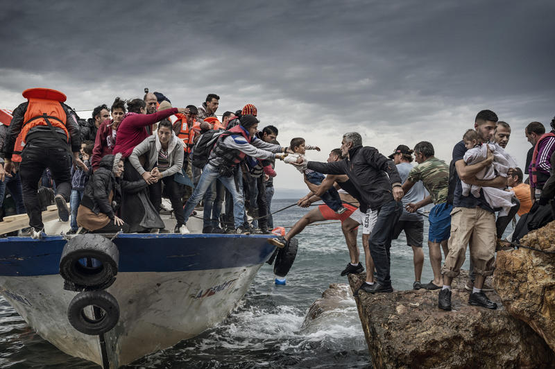 Antonio Masiello's 'European Migrant Crisis,' one of the photographs in 'Pictures of the Year International.'
