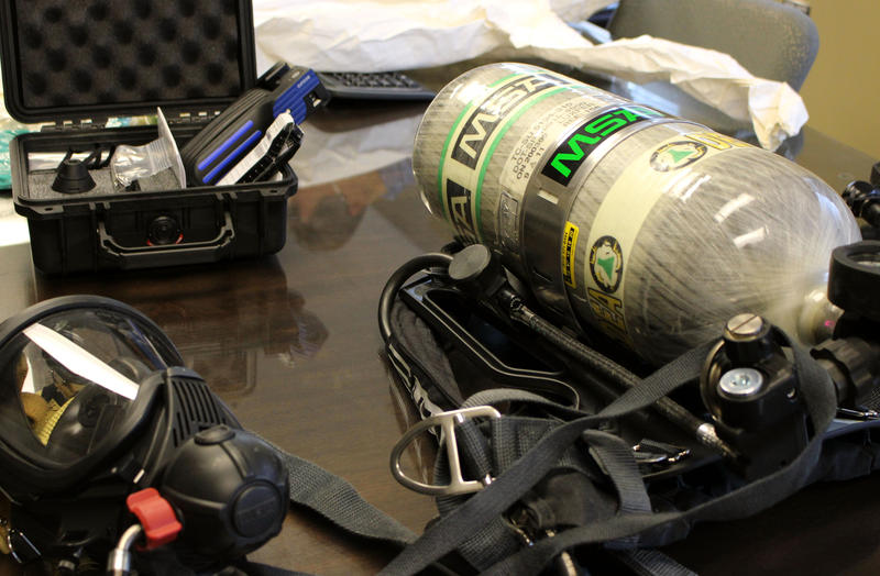 DEA agents don special gear when dealing with fentanyl. The gear they use on meth raids isn't sufficiently protective.