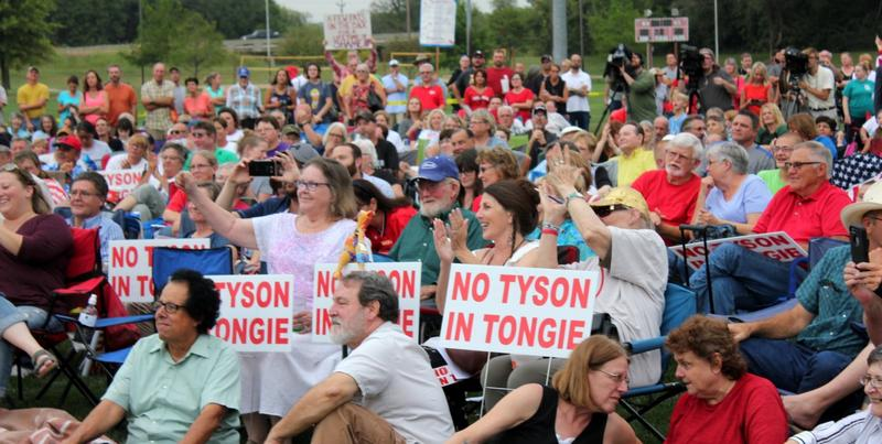 A crowd gathered in a Tonganoxie park to share opinions on a proposed Tyson Foods chicken processing plant with Kansas lawmakers.