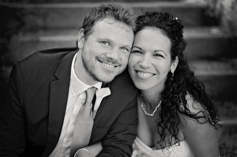 Michael McClintock and Dálida Pupo Barrios met in Cuba and married in Neosho, Missouri.