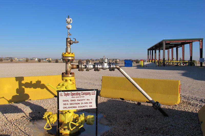 A saltwater injection well in Oklahoma. Applications for similar wells in Kansas listed 15-day protest periods when they should have allowed the public 30 days to object.