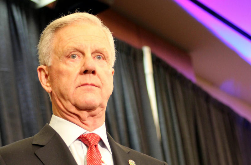 "Wichita businessman Willis ""Wink"" Hartman is pulling out of the Republican race for governor in Kansas."