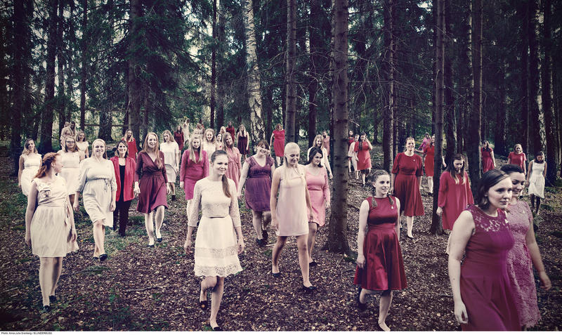 The Women's Choral Society of the University of Oslo hopes to unite the world through choral music.
