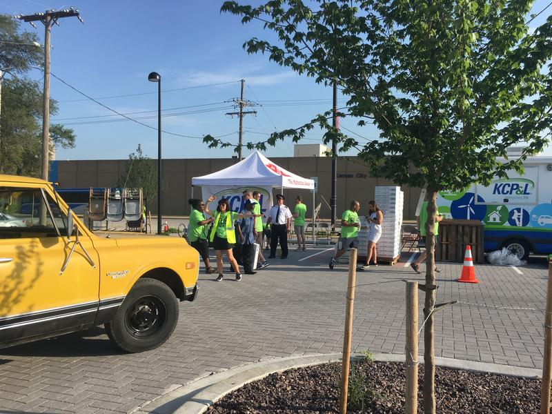 On the hottest day in Kansas City so far this year, The Salvation Army and Kansas City Power and Light partnered for the Extreme Heat Relief Program for the sixth year in a row.