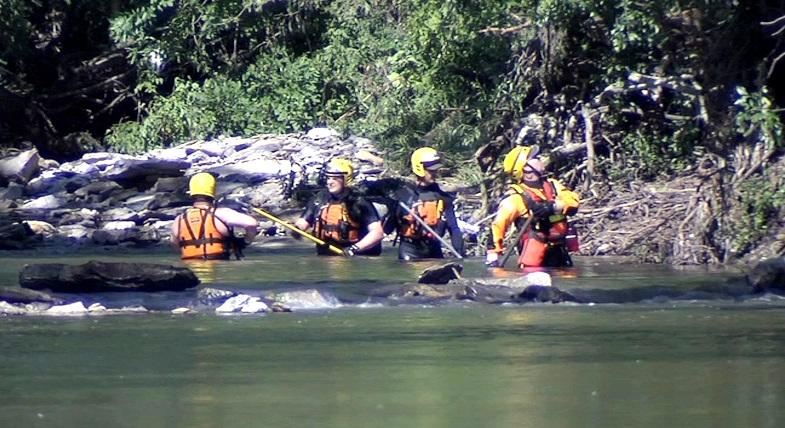 Searchers move downstream from Overland Park, Kansas, searching for missing man.