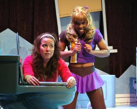 "L to R: Dina Thomas as Amy and Chioma Anyanwu as Bianca in Unicorn Theatre's world premiere of ""Hungry"" by Lia Romeo."