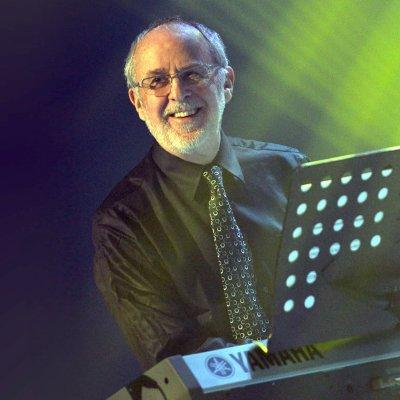 Jazz pianist Bob James performs with an all-star cast Sunday at Finnigan's.