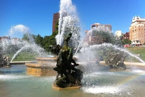 One of Kansas City's most recognizable landmarks: the J.C. Nichols Fountain on the Country Club Plaza
