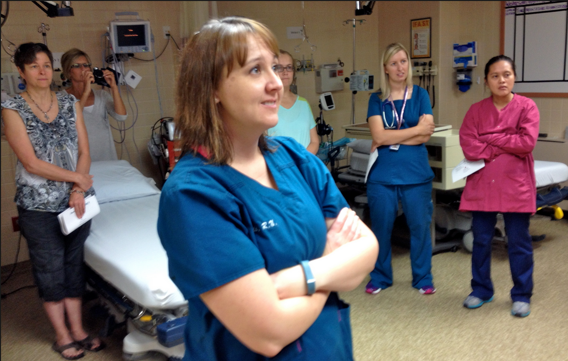Kansas phillips county phillipsburg - Michelle Peak A Registered Nurse And Other Staff At Phillips County Hospital Watch Their New Video Link With Avera Eemergency